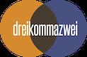 Dreikommazwei Logo